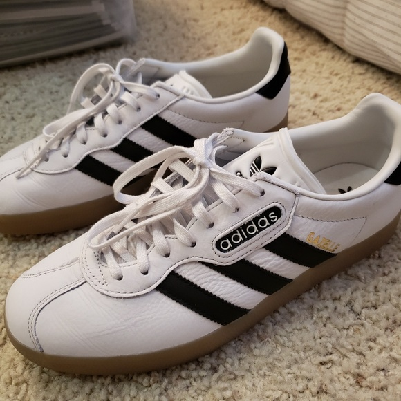 wholesale dealer 62e0e eb800 adidas Other - Adidas Gazelle Sneakers
